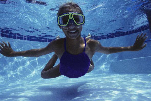 También puedes probar con la natación, este  es uno de los deportes más...