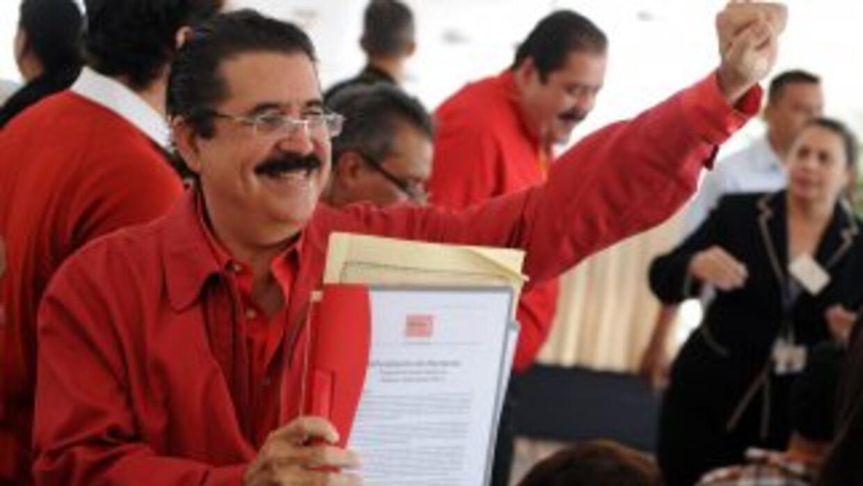 El ex presidente Manuel Zelaya dijo que Honduras se ha convertido en un...