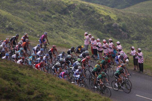 Esta etapa se disputó en las zonas de Pau y Lourdes y la distanci...