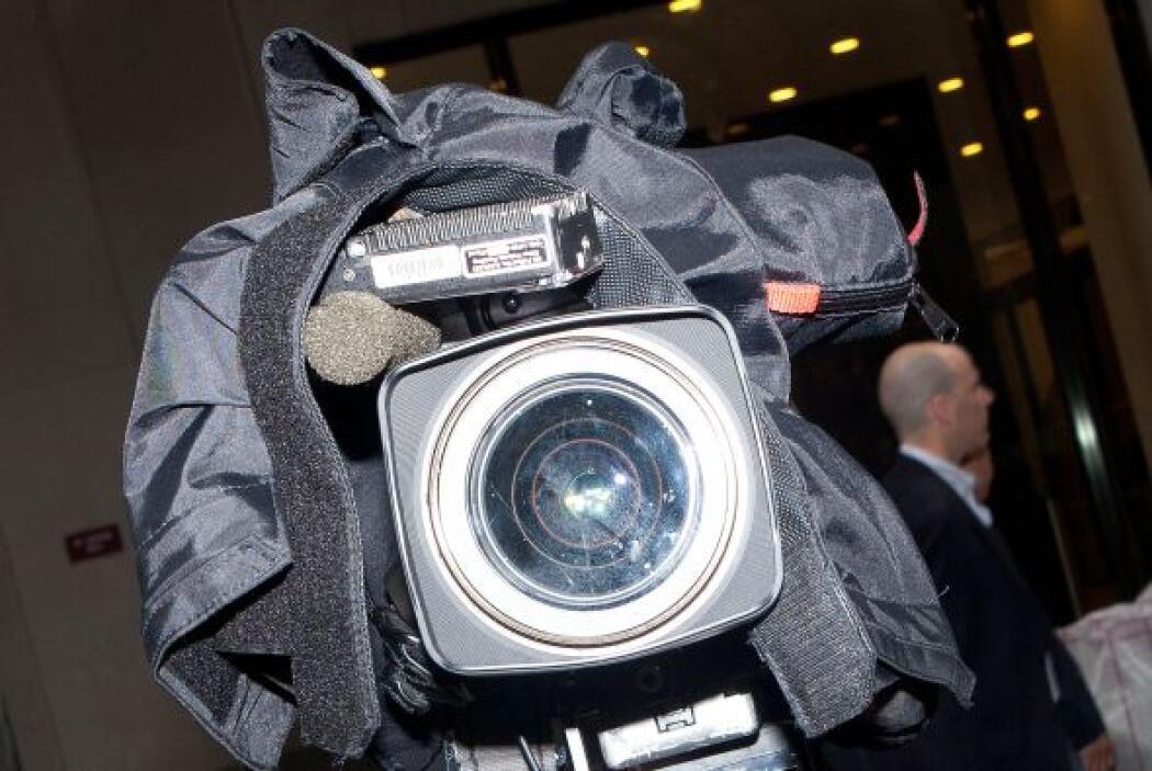 En algunos lugares turísticos del país, si se pasa una cámara normal, se...