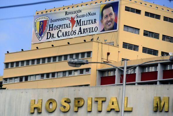 El presidente venezolano, Hugo Chávez, que regresó el lune...
