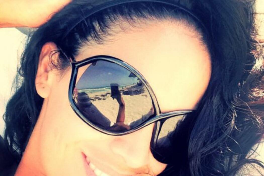"""Mmmmm! #Relax #Agradecida #Bendecida"", escribió Karla Martínez. (Agosto..."