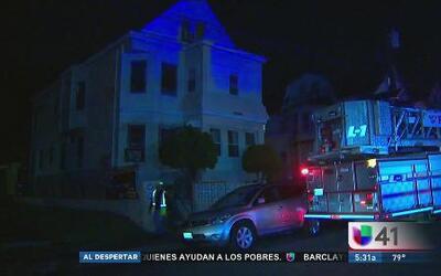 Incendio en Paterson destruye viviendas