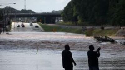 """Servicio Meteorologico Nacional pronostico """"inundaciones muy peligrosas""""..."""