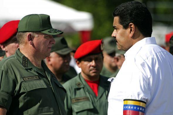 Igualmente en mayo, Maduro, anunció que con el despliegue de unos 3 mil...