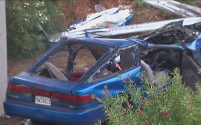 Cuatro personas muertas deja un fuerte accidente vehicular en Gardena
