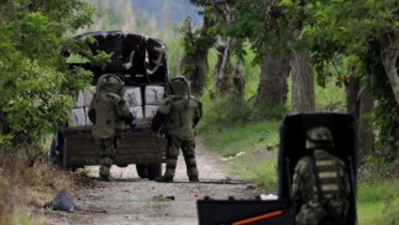 Dos civiles muertos y cerca de 45 heridos deja como saldo un ataque de p...