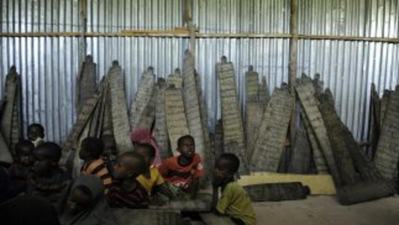 Según la UNICEF, en Somalia hay mayores dificultades para hacer llegar a...