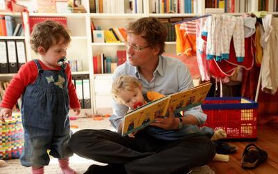 'Amigos For Kids', el proyecto que busca incentivar la crianza con cariño