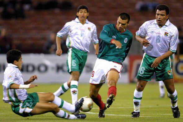 Tendrían que pasar 2 años para un nuevo encuentro entre mexicanos y boli...