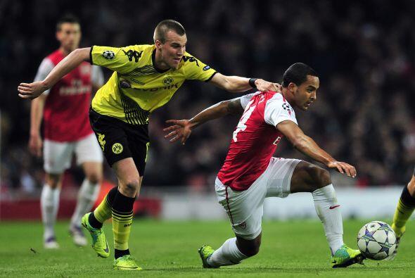 Arsenal fue local en su duelo ante el Borussia Dortmund.
