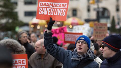 Sistema de salud de Los Ángeles, en desconcierto por futuro de Obamacare