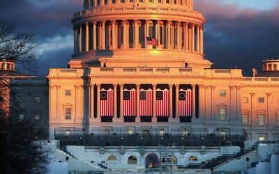La fachada oeste del Capitolio, en cuya escalinata Donald Trump ser&aacu...