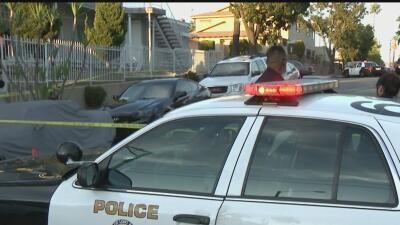 Un hombre falleció a manos de la policía de Long Beach en un incidente q...
