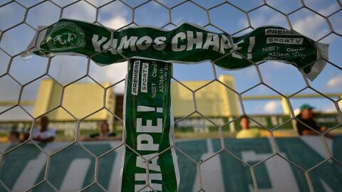 Un pequeño homenaje de la afición de Chapecoense en la Arena Conda.