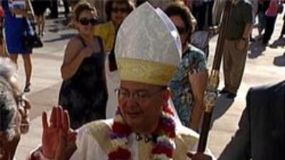 Obispo auxiliar  Eduardo Alanis