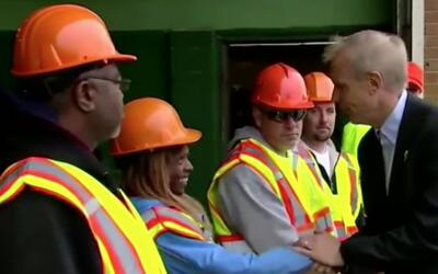 'Chicago en un Minuto': gobernador de Illinois anuncia proyecto para con...