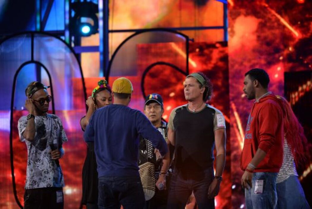 Estaban atentos a todo y se nota que será un musical lleno de color.