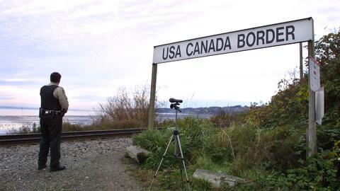 Miles de inmigrantes quieren huir de Estados Unidos y refugiarse en Cana...