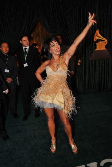Alejandra Guzmán apareció así vestida y vaya que causó impresión.