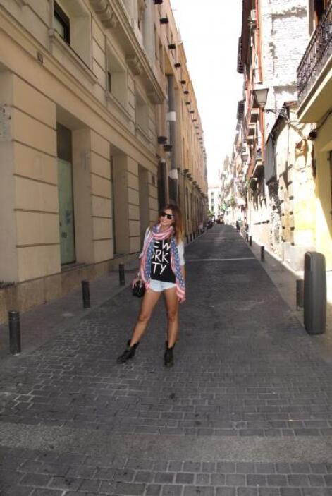 La guapa conductora aprovechó sus días libres para escaparse a Ibiza.