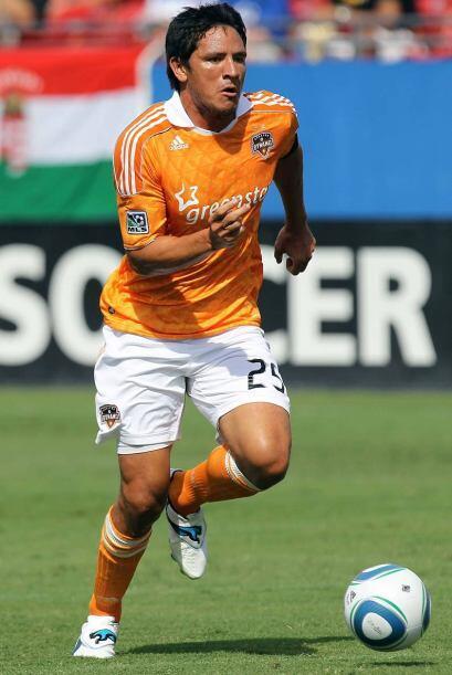Brian Ching es un veterano en la MLS. El delantero y goleador vuelve al...