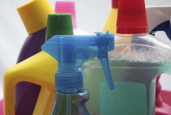 Los productos de limpieza son imprescindibles para tener toda la casa en...