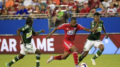 FC Dallas celebra un gol