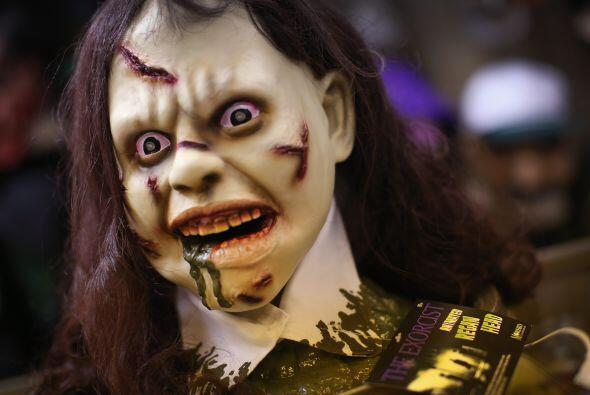 Definitivamente, encontrarte esta noche de brujas con la mismísima niña...
