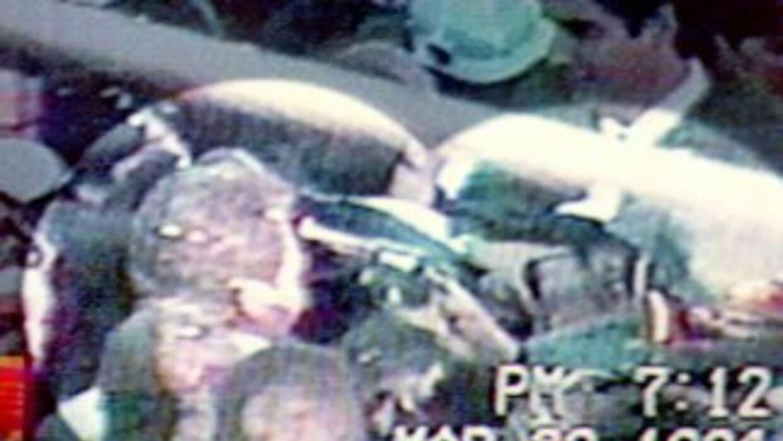 Luis Donaldo Colosio Murrieta fue asesinado en 1994, en medio de un miti...