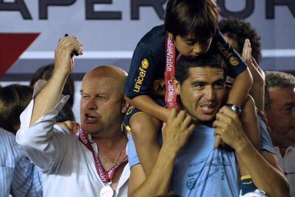 El ex árbitro argentino,  Javier Ruiz aseguró que los dirigentes en Arge...