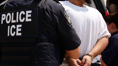 Denuncian que dreamer detenido por agentes migratorios en San Diego no t...