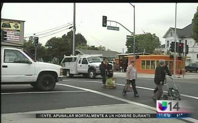 Construcción afecta a comerciantes hispanos