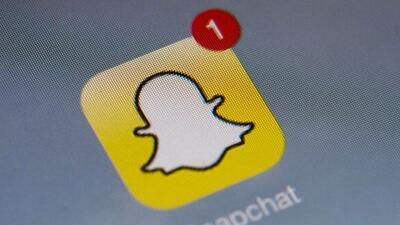 El mes pasado Snapchat comenzó a mostrar publicidad en su servicio por p...