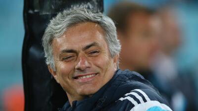 El estratega del Chelsea no podrá manejar por seis meses por conducir co...