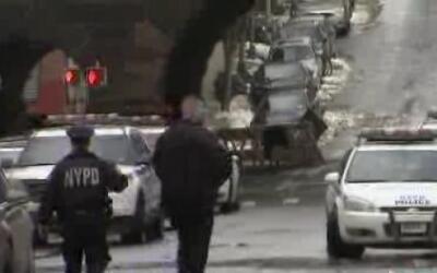 Un reo escapó mientras estaba en custodia de la policía de Manhattan