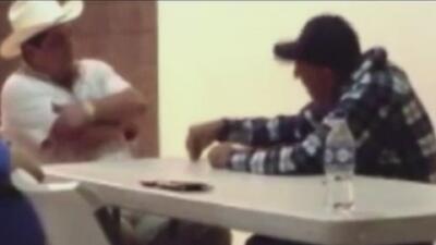 En un video presuntamente se reúne presidente municipal con el líder de...