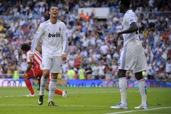 Luego Adebayor marcó triplete para dejar el partido 6 a 1 en lo q...