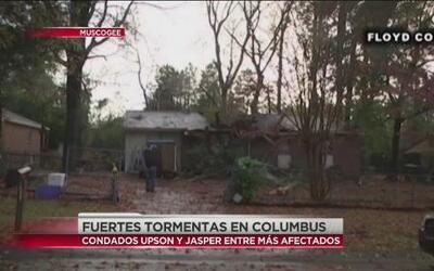 Fuertes tormentas causan daños en viviendas