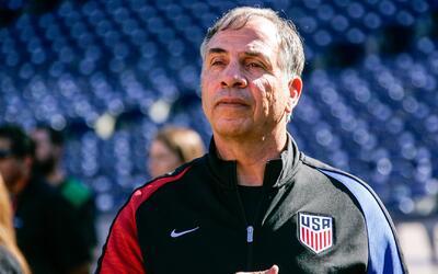 Team USA necesita una victoria para mantener su objetivo de ir al Mundia...