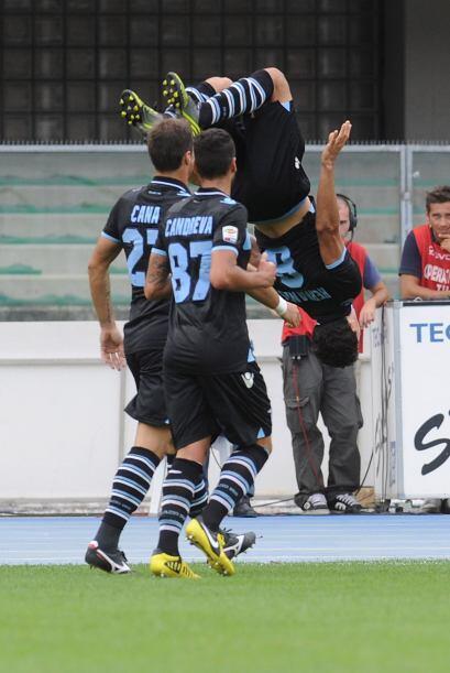 Dos tantos de Hernanes comandaron el triunfo de la Lazio por 3-1. El fes...