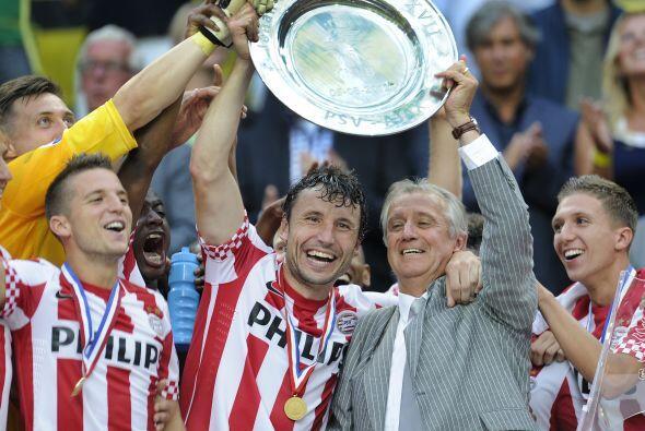La Supercopa de Holanda también quedó en favor del PSV, que fue contunde...
