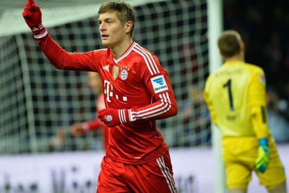 Toni Kroos rompió el cero en busca del triunfo que amarrara la Bundesliga.