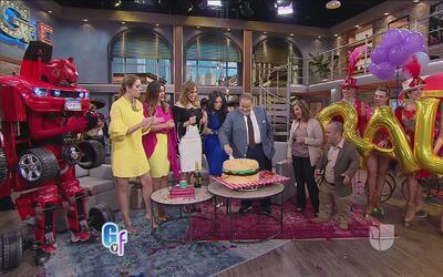 Mira cómo Raúl de Molina celebró su cumpleaños en el show