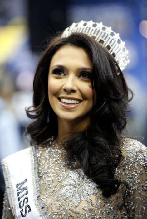 La belleza no podía faltar en el Media Day, Miss New Jersey, Emily Shah...