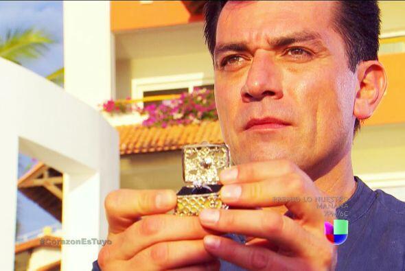 ¡Fernando se quiere casar contigo! ¿Qué le dir&aacut...