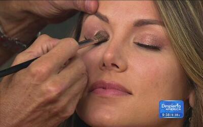 Aprende a maquillarte como reina de belleza con Luis Enrique Urbano