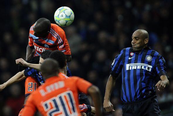 Se escuchó el silbatazo inicial entre Inter y Marsella, con dos e...