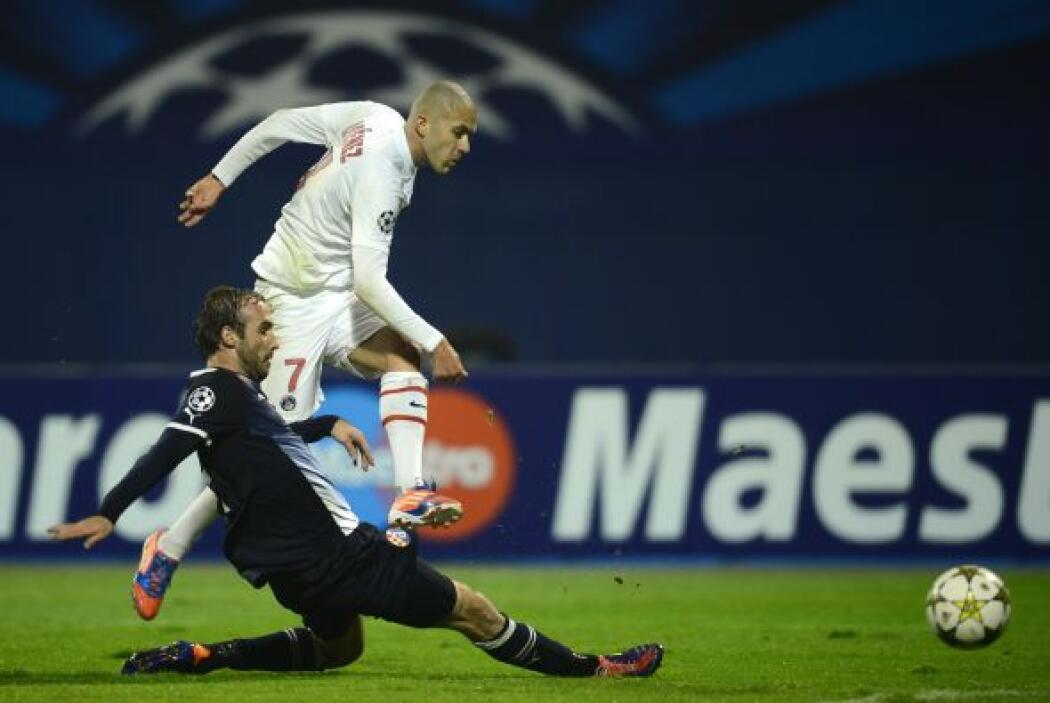 Antes de que acabara la primera parte, Jérémy Menez convirtió el 2-0.