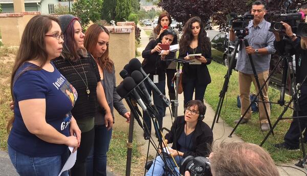 Familiares de Gabriel Fernández en conferencia de prensa.